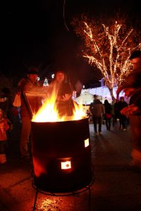 ドラム缶の焚き火とか田舎っぽさがいいな