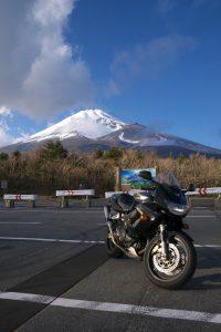 富士山をバックに撮ってみた