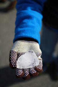 長男くんが見つけてきた氷の塊