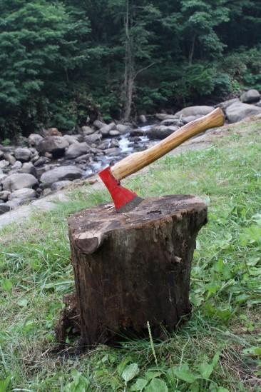 薪割り用の斧