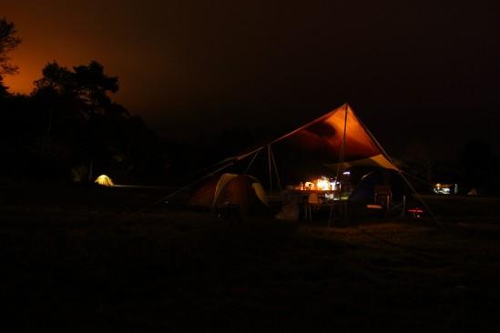 バラギ高原キャンプ場はテントが点々・・