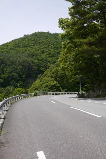 塩川ダムから大門ダムへの道