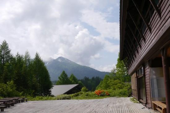 尾瀬沼ヒュッテから見る燧ヶ岳