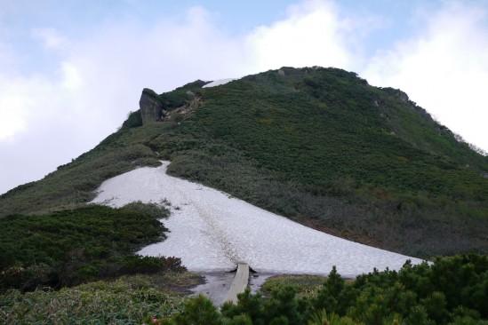 燧ヶ岳の雪渓