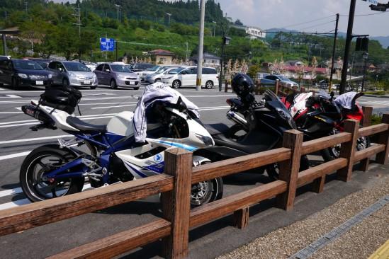 高千穂神社の駐輪場