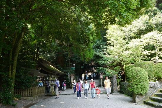 高千穂神社の境内