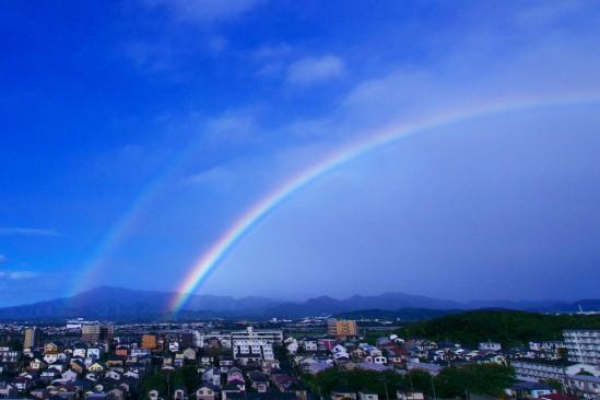 台風一過の2重の虹
