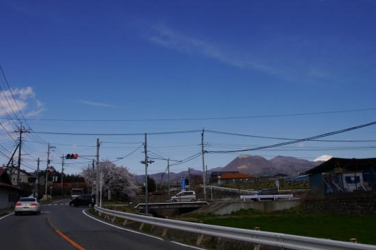 雪の残る赤城山 (4)