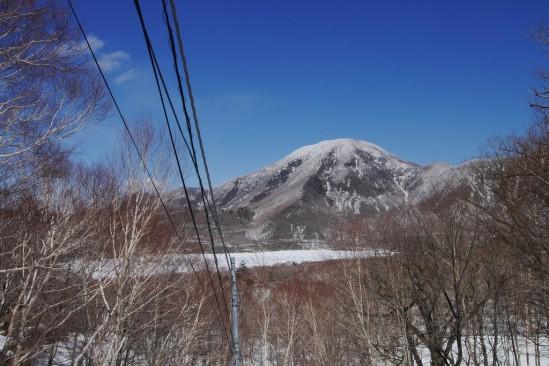 雪の残る赤城山 (15)