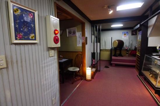 混浴の赤城温泉「湯之沢館」 (36)