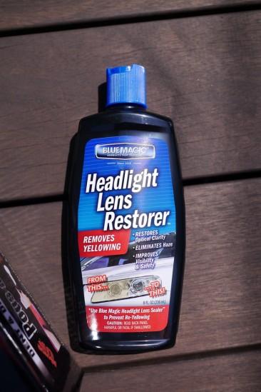 BLUE MAGIC Headlight Lens Restorerでヘッドライトクリーニング (1)