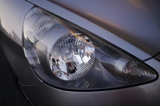 BLUE MAGIC Headlight Lens Restorerでヘッドライトクリーニング (6)