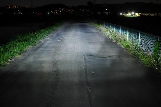 バイクのヘッドライトバルブをHIDからLEDに変更 (15)