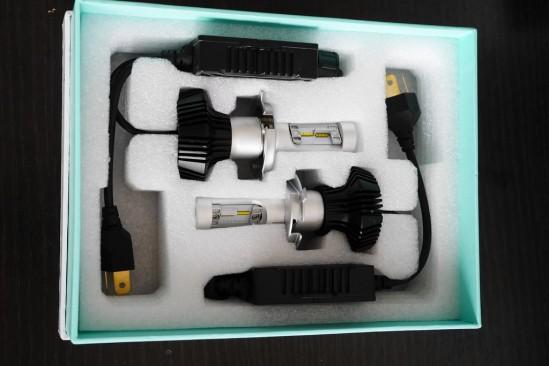 バイクのヘッドライトバルブをHIDからLEDに変更 (2)